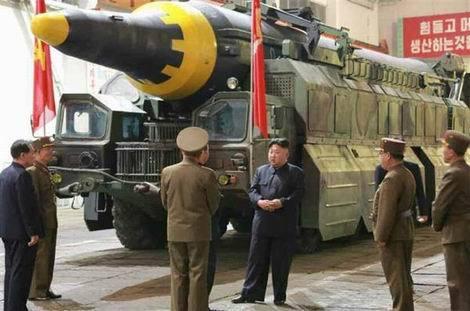 北朝鮮新型の中長距離弾道ミサイル「火星12」(470x311)