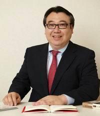 磯山友幸・経済ジャーナリスト(200x232)