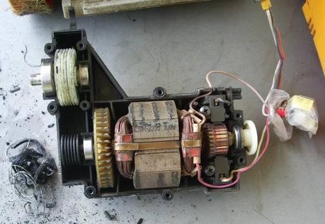 芝刈機修理02(470x324)