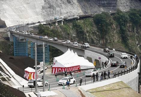 応急復旧工事が完了阿蘇長陽大橋(470x324)