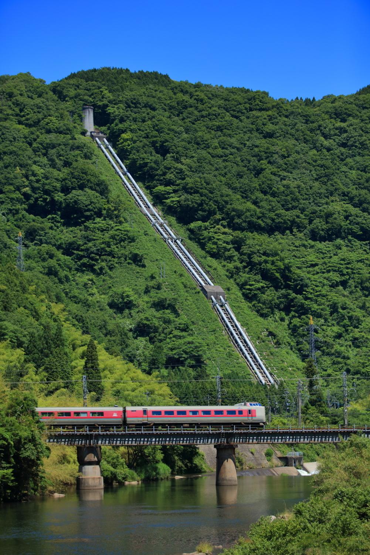 381系(1005М・根雨~黒坂)2118
