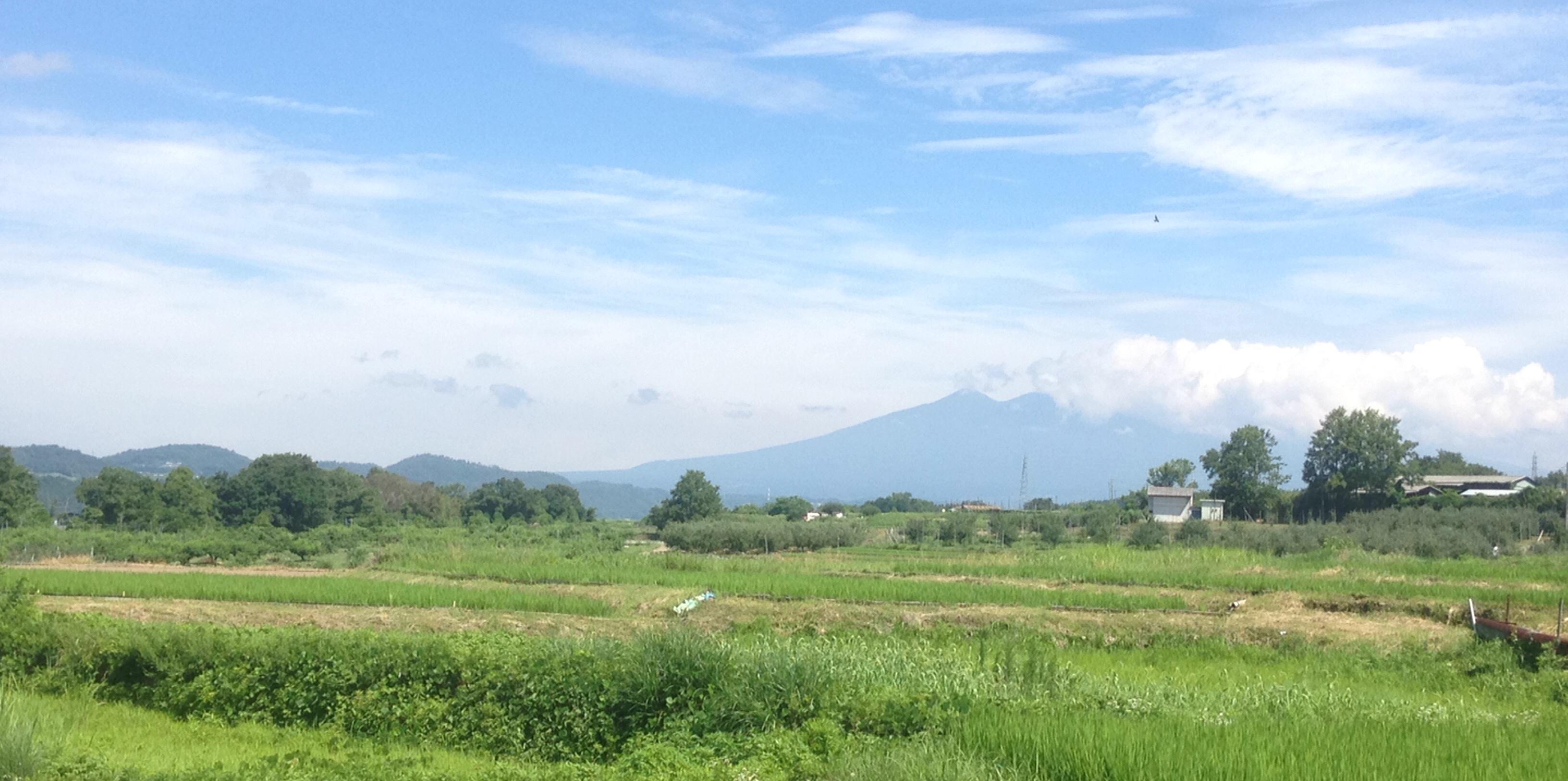 韮崎市 山を望む