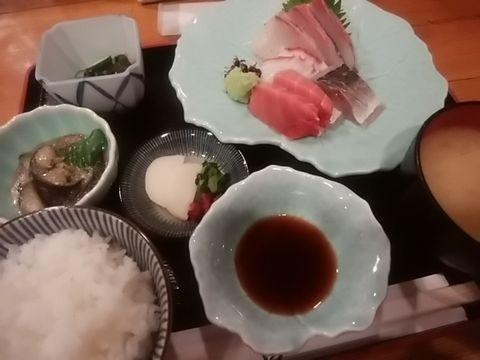 さしみ定食