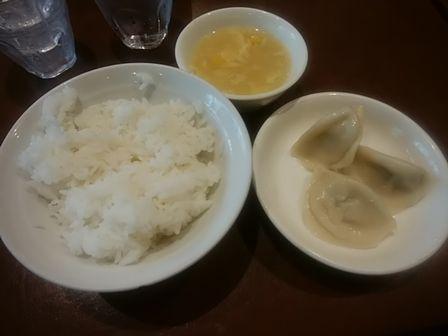 水餃子3個