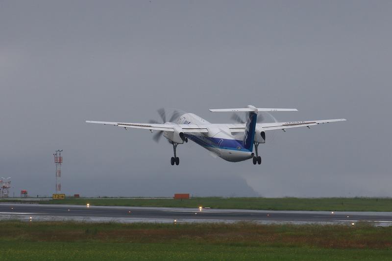 EH DHC-8-402Q JA841A RJOM 170707 03