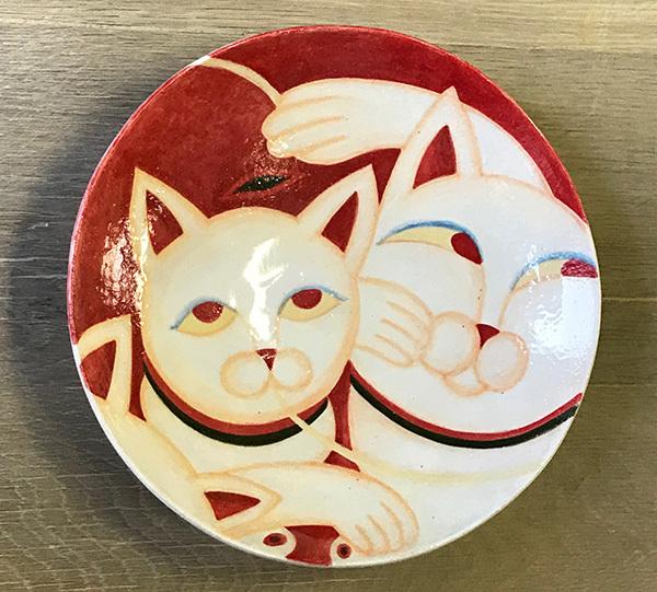 2017919赤猫の中皿_美濃瓢模写6
