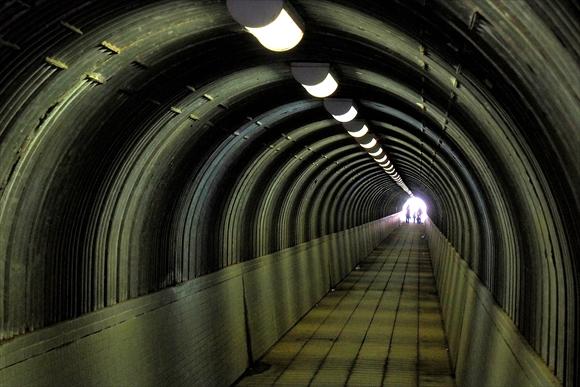 トンネル-1_R