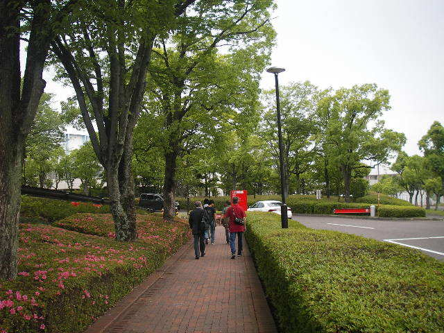 トヨタ博物館への坂道201706