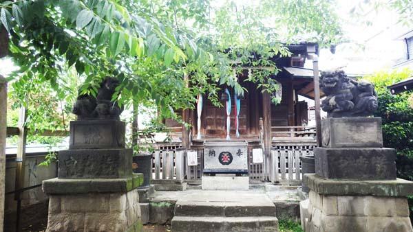 利田(かがた)神社