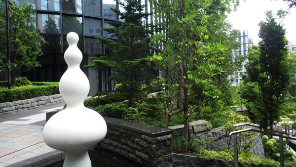 彫刻と段丘と