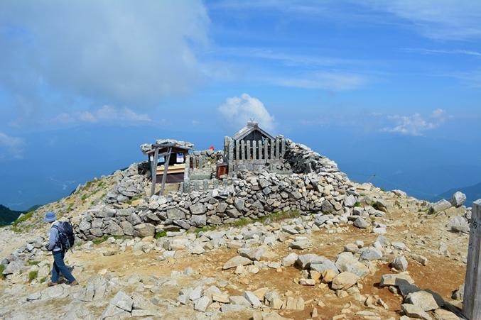 c木曾駒ケ岳山頂神社