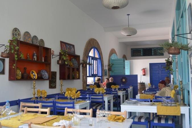 10海辺のレストラン