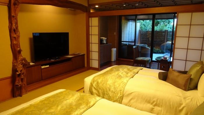 坐魚荘部屋 (3)