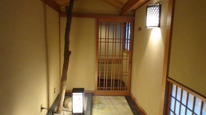 坐魚荘部屋 (2)