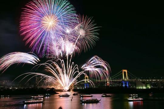 東京湾花火