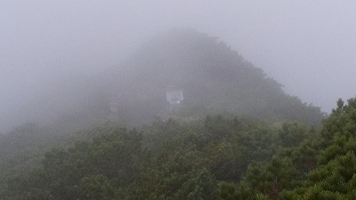 斜里岳8月頂上前神社
