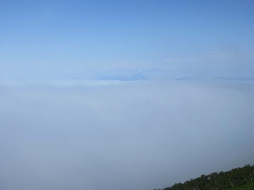 西別から阿寒岳遠景