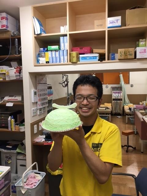 浅川鍼灸整骨院 メロンケーキ