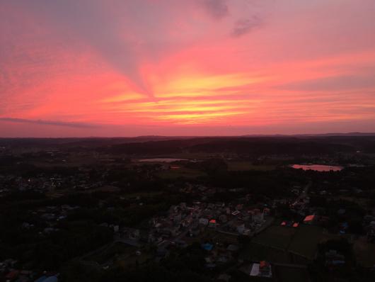 ドローンから見る夕陽