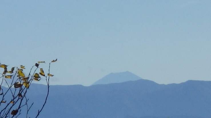 12-1 中岳から帰路の富士山 16%