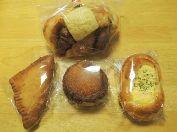 万代 生駒店 パン (2)