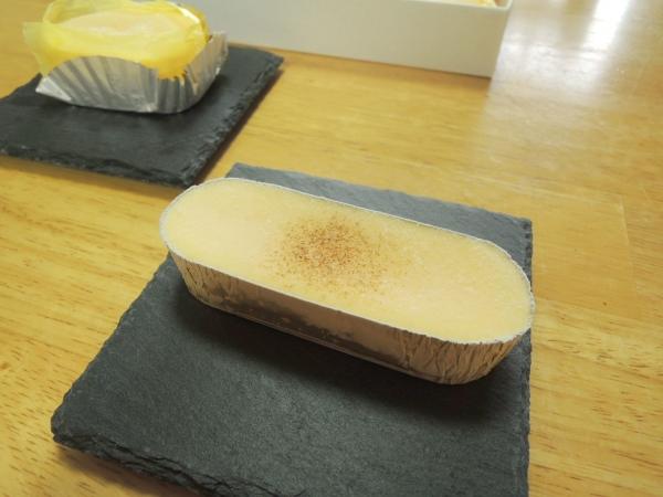 ラグノオ 窯出し半熟チーズケーキとチーズブリュレ (3)