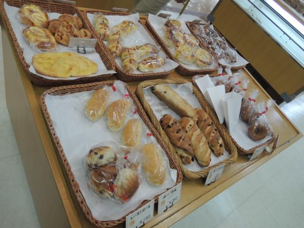 焼きたてパン 西勘堂 ニシカンド アミ店 201704 北陸旅行 (9)