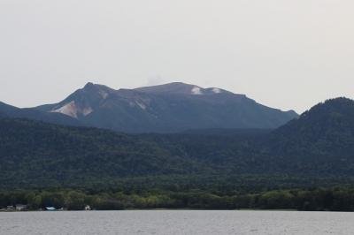 阿寒湖から見た雌阿寒岳