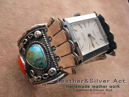 シルバーバングル 時計