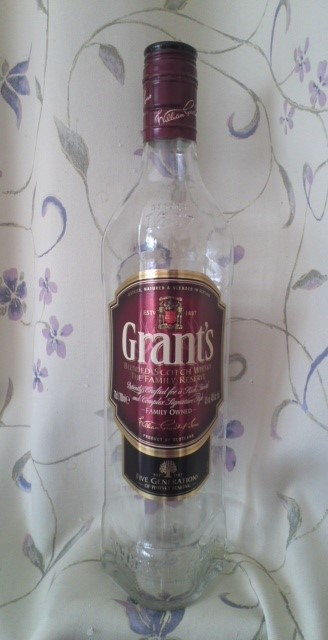 Grant's BLENDED SCOTCH WHISKY THE FAMILY RESERVE(グランツファミリーリザーブ)
