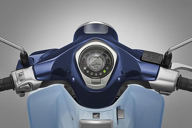Honda_Super_Cub_C125_04.jpg
