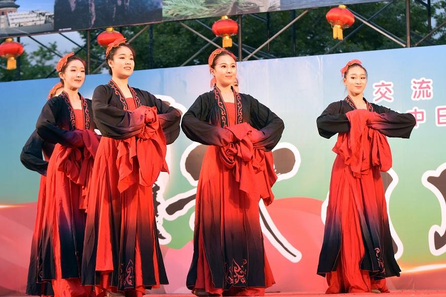 中国舞踊#3 (0)
