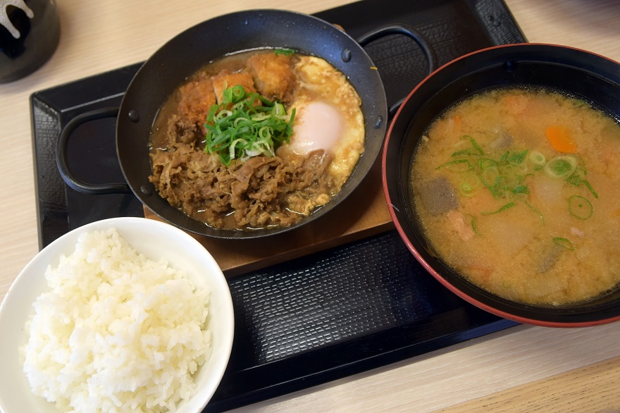 チキンカツ・牛鍋(1)