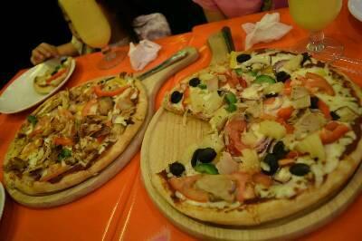 香港のピザ