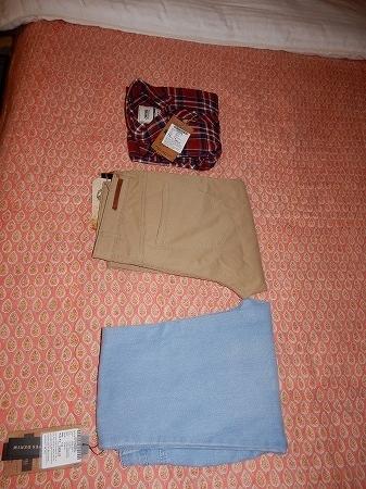 長ズボンと長そでシャツ買いました。