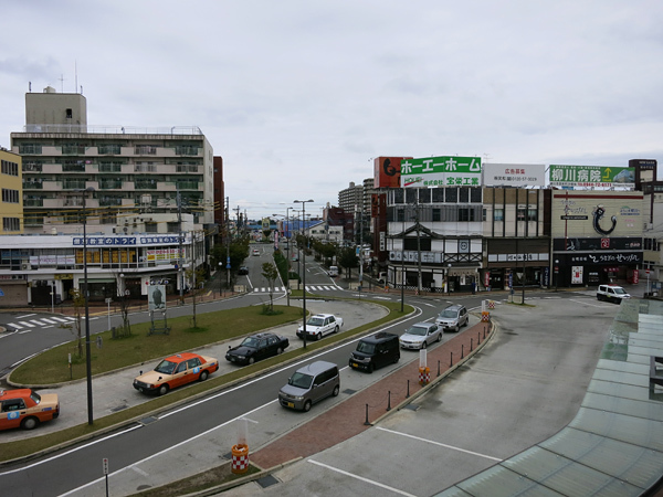 西鉄柳川駅前