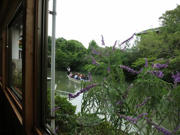 うなぎ処楠川 窓から見えるお堀