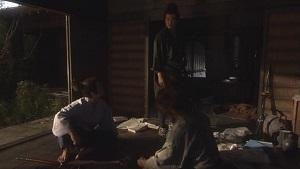 風林火山荒れ寺での三人