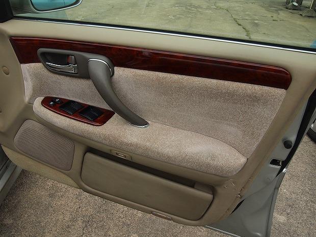 車のシートクリーニング