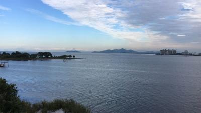 琵琶湖大橋西詰めから眺めた北湖(10月17日14時30分頃)