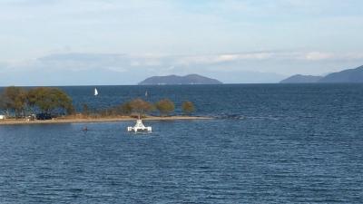 琵琶湖大橋西詰めから眺めた北湖(11月25日14時40分頃)