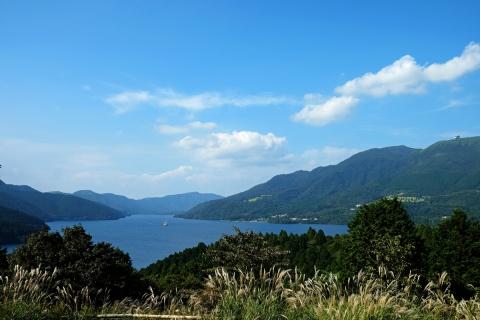 01箱根峠付近から芦ノ湖