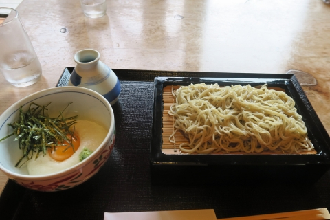 32宇津ノ谷蕎麦処きしがみつけとろろ蕎麦