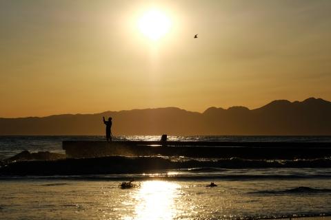 16江の島・東浜釣り人