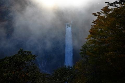00華厳の滝