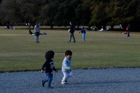 16走る子供