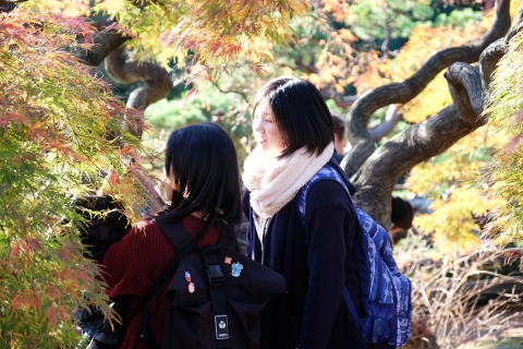 20紅葉と二人の女子