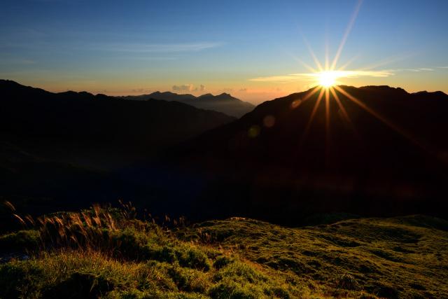 山頂の日の出(2)