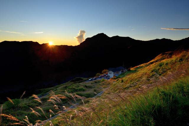 山荘の夜明け(2)