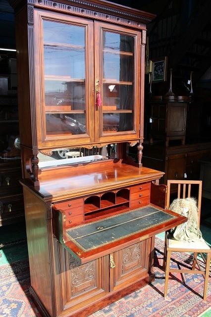 イギリスアンティーク家具 ビューロー ブックケース